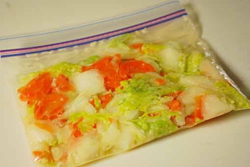 塩麹の簡単浅漬 仕込み2